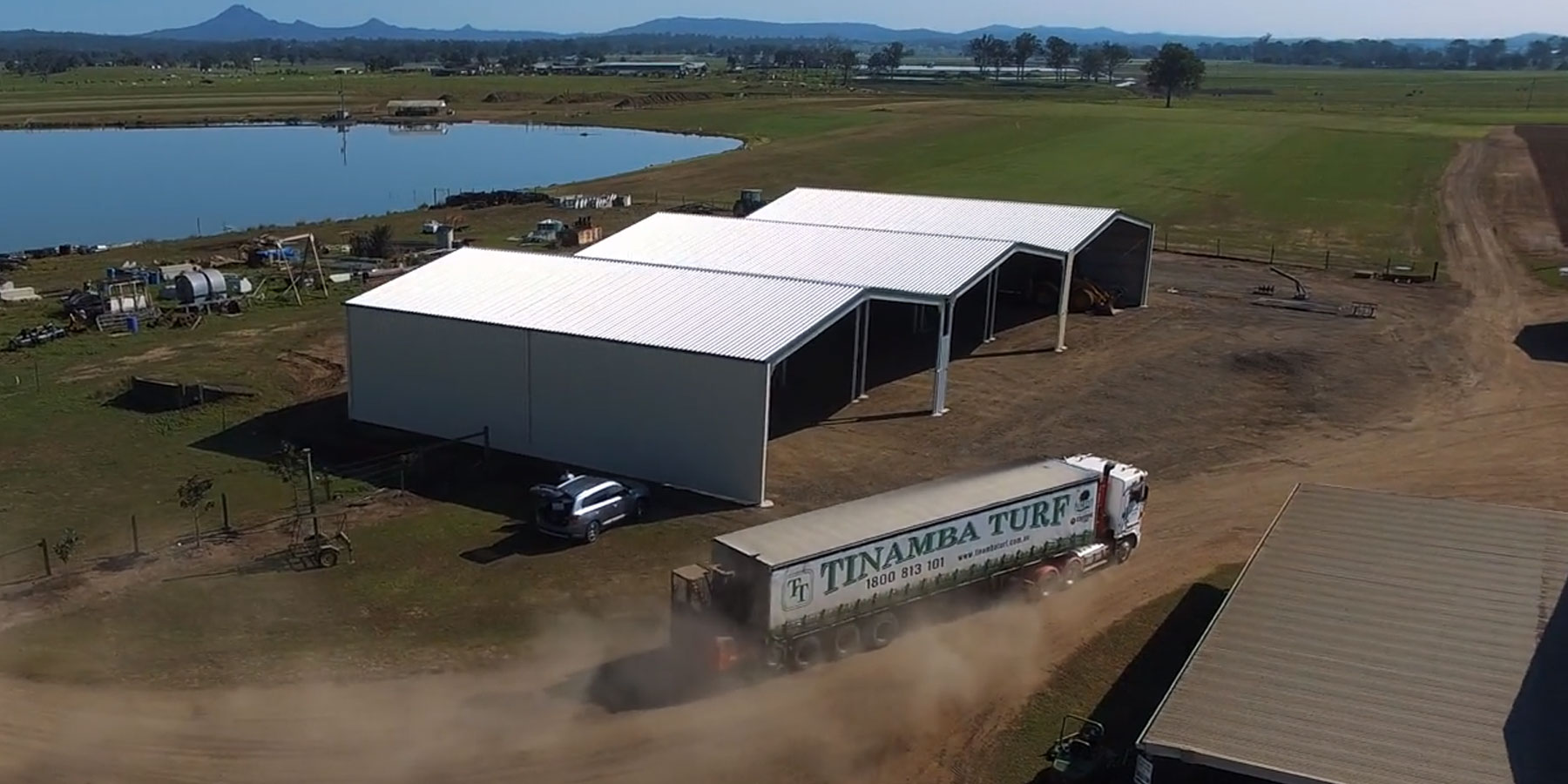 Large_Turf_Farm_using_our_Triple_Mammoth_machinery_shed